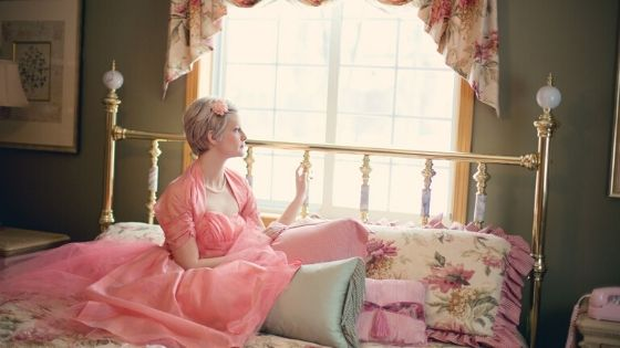 pink womens bedroom